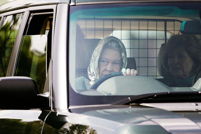 Королева за рулем.