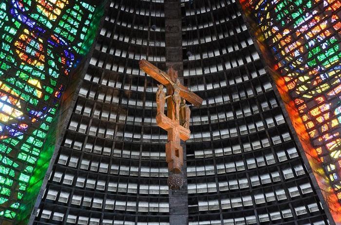 Удивительная церковь в Бразилии.