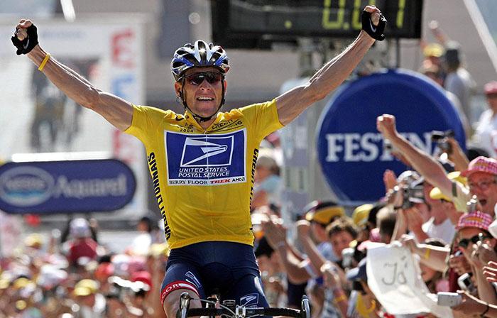 Знаменитый велогонщик Лэнс Армстронг.