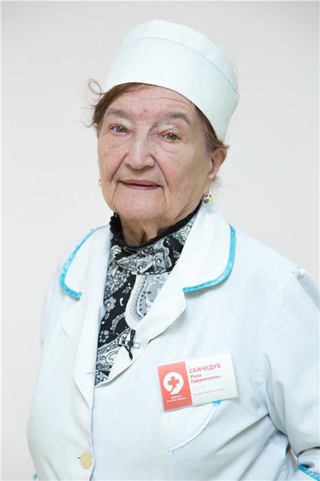 Роза Гавриловна работает врачом вот уже 72 года.