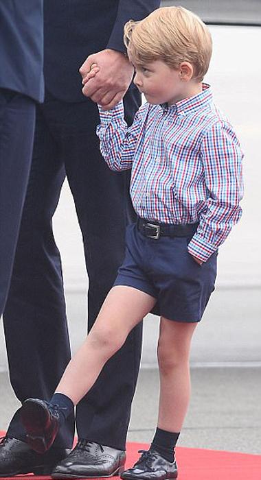 Маленький принц Джордж.