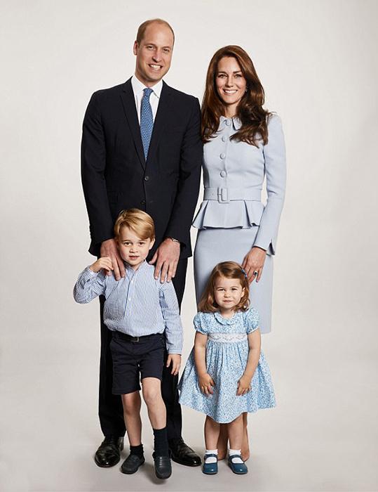 Рождественская фотография принца Уильяма, Кейт, Джорджа и Шарлотты. Фото: Chris Jackson.