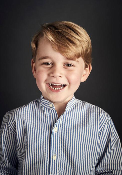 Фотография, сделанная к четвертому дню рождения Джорджа.