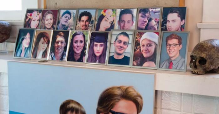 Фотографии всех детей Майка находятся у него на каминной полке.