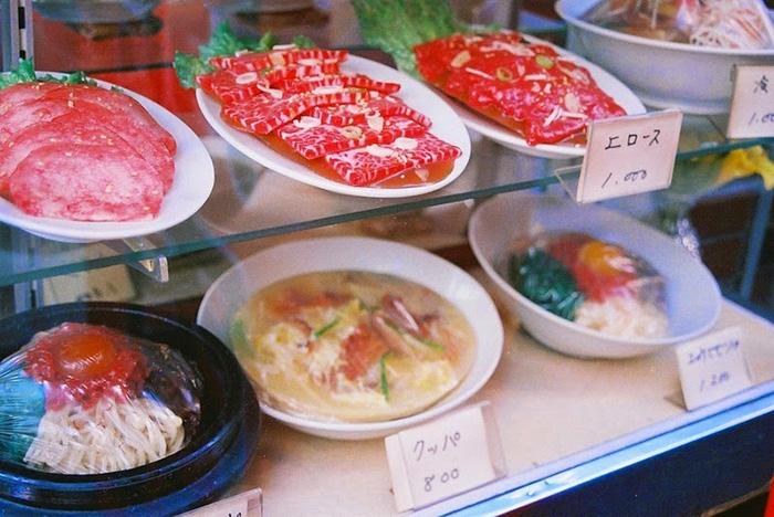 Все блюда на виÑ'Ñ€Ð¸Ð½Ð°Ñ Ð² Японии сделаны из пластика.