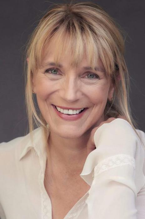 Харли Джейн Козак, сыгравшая Мэри Дюваль.