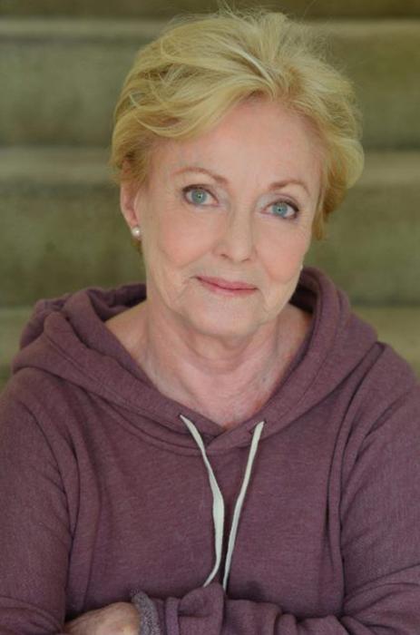 Джудит Макконнелл, сыгравшая Софию Кэпвелл.