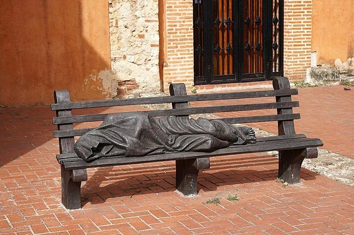 *Бездомный Иисус* в Санто-Доминго.