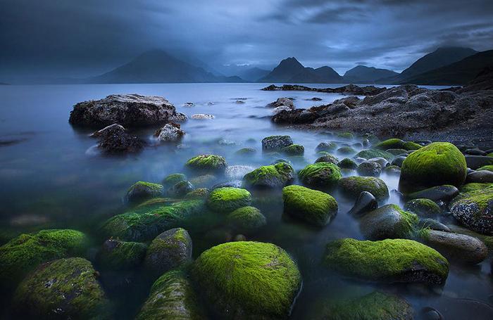 Большинство озер Шотландии ледникового происхождения.