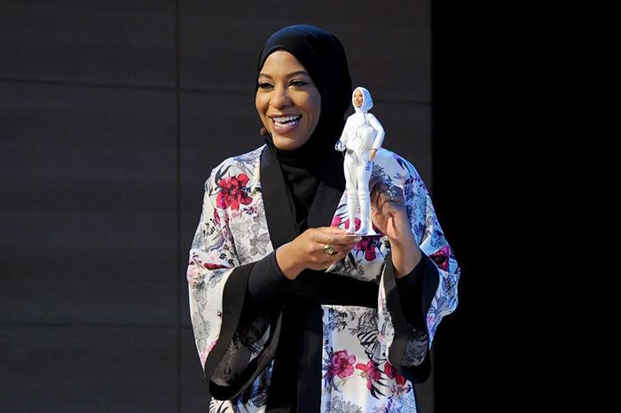 Прототипом для новой куклы стала знаменитая американская фехтовальщица.