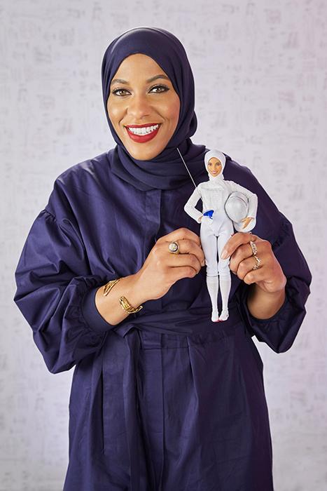 Ибтихадж Мухаммад лично представила новую куклу Барби.