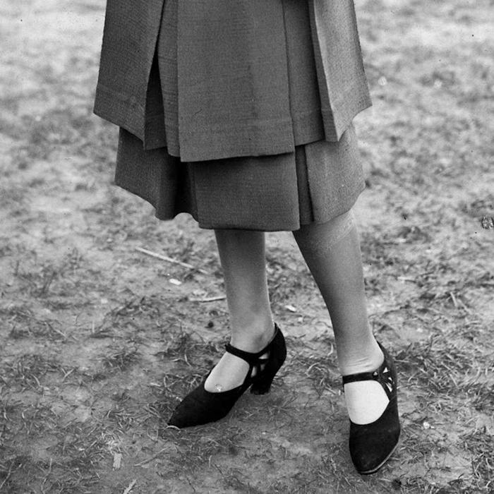 Туфли под юбку.