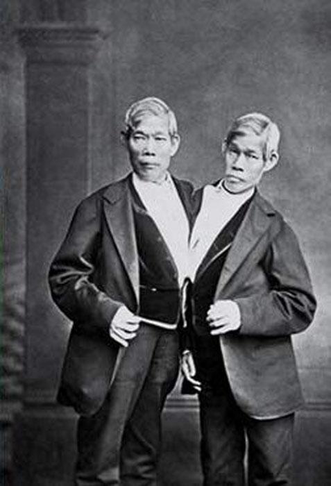 Чанг и Энг в возрасте.