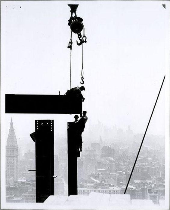 Строители на огромной высоте. Фото: Lewis Hine