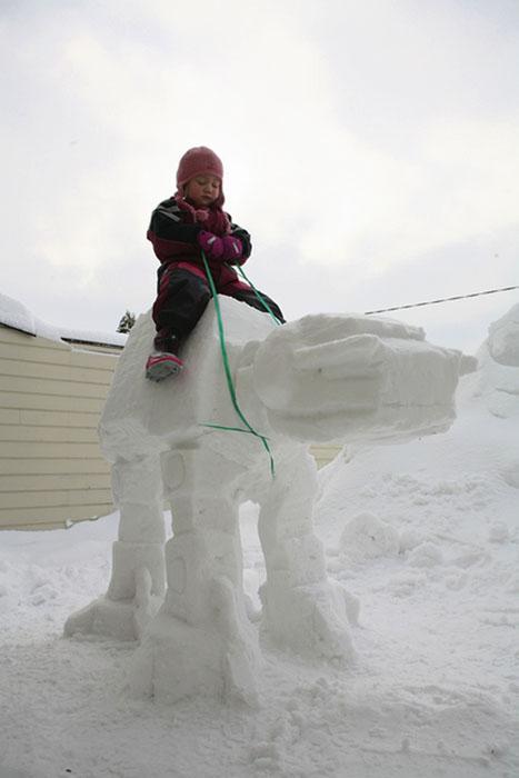 Укрощение снежного робота.