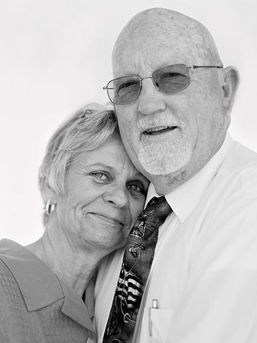 Алан и Мелани 11 лет в браке.