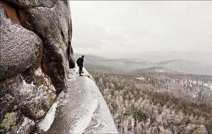 В этой местности популярно свободное скалолазание.