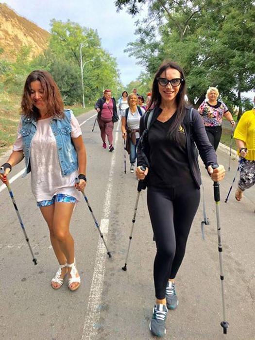 Светлана признается, что всегда занималась спортом и призывает всех женщин не пренебрегать им.