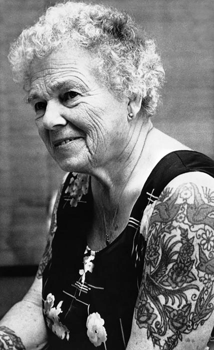 Татуировки у людей в возрасте.