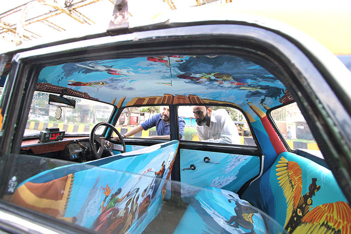 Каждый автомобиль имеет уникальный интерьер.
