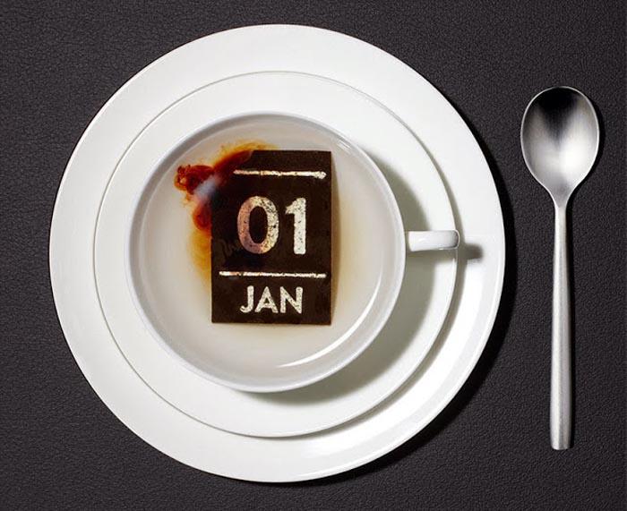 Календарь из чая.