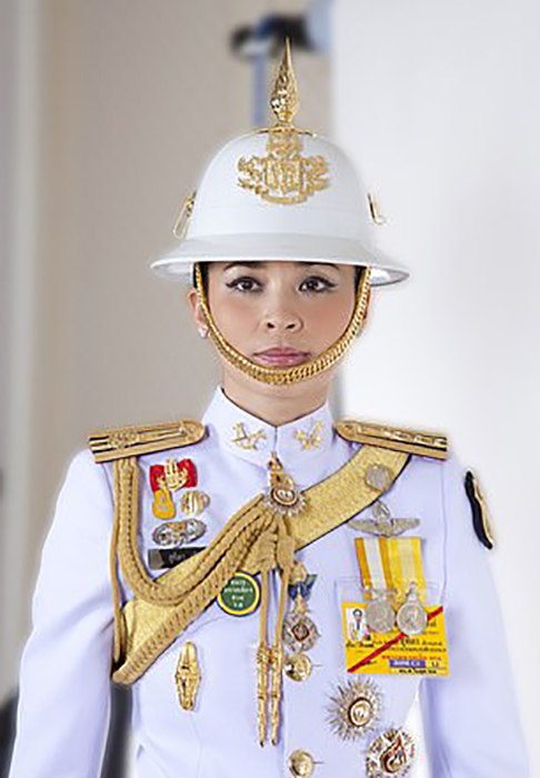 Официальные фотографии королевы Таиланда.