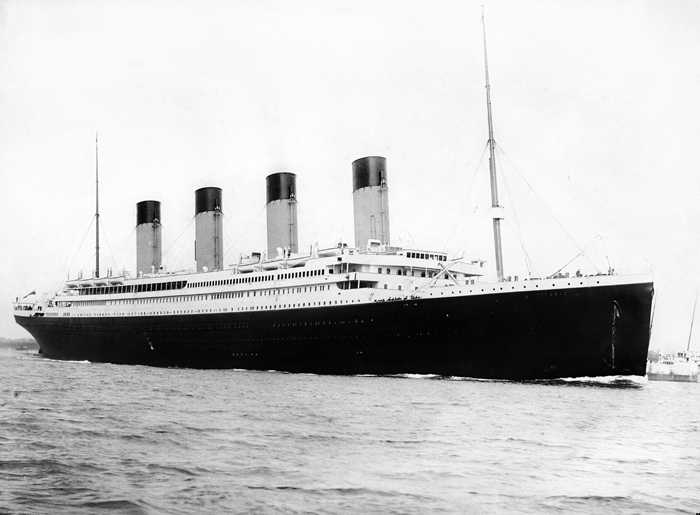 *Титаник* в 1912 году.