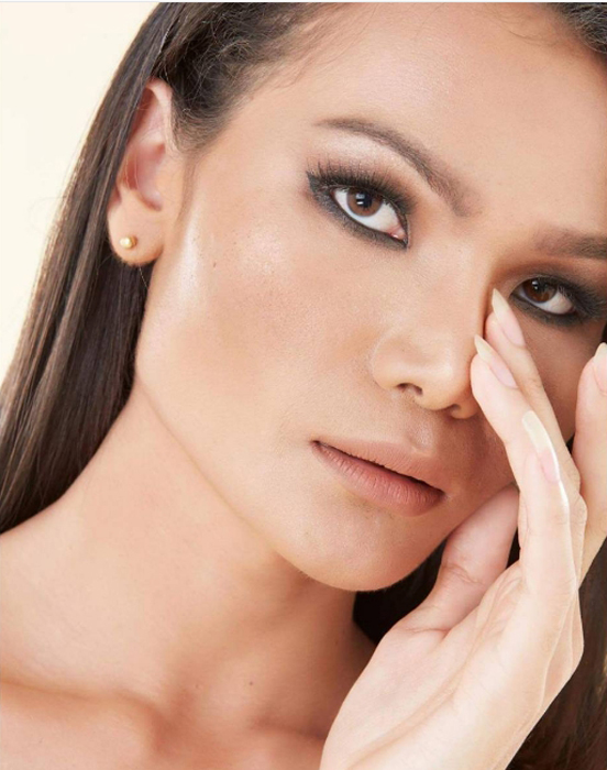 К 22 годам Мими стала супермоделью в Таиланде.