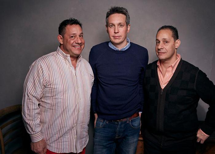Девид, Роберт и режиссер документального фильма об эксперименте.