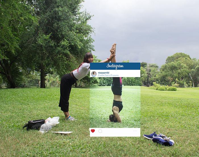 Йога на природе. Автор фото: Chompoo Baritone.