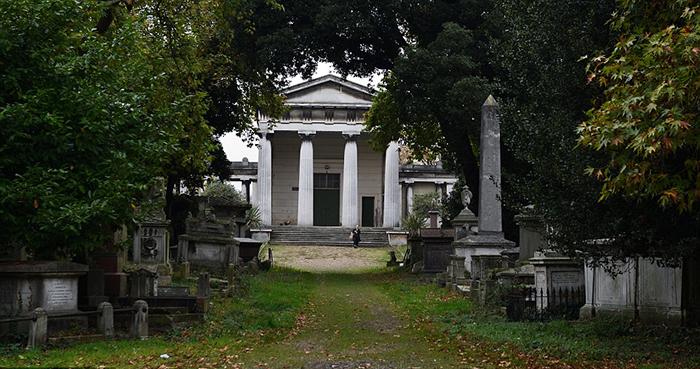 Кладбище Кенсал-Грин.