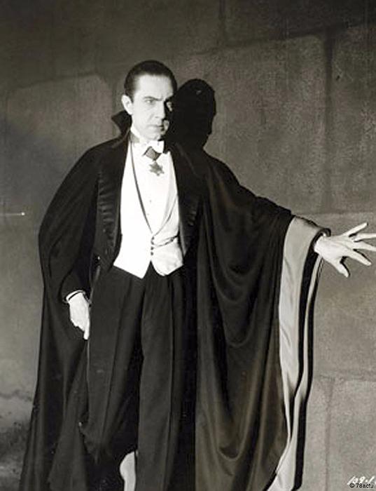 Бела Лугоши в роли графа Дракулы.