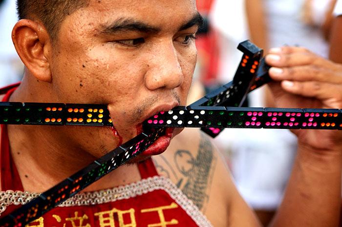 Фестиваль вегетарианцев на Тайланде.
