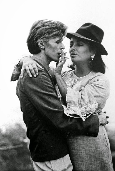 Дэвид Боуи и Элизабет Тейлор.