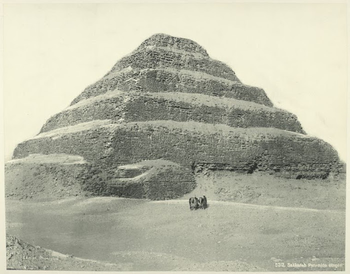 Ступенчатая пирамида Саккара.