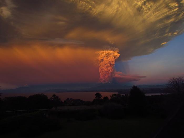 Апрельский *сюрприз* от вулкана.