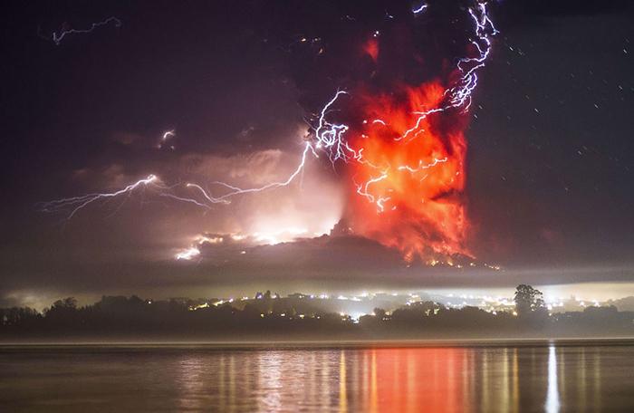 Вулкан в Андах.