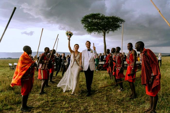 Экзотическая свадьба на просторах Кении.
