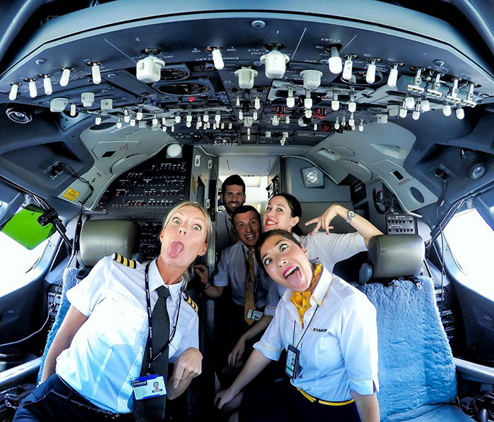 С любимым экипажем.  Instagram pilotmaria.