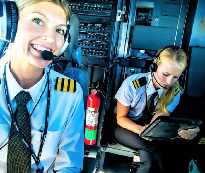 Рейс из Палермо.  Instagram pilotmaria.