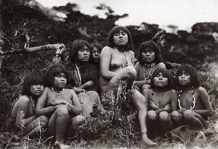 Индейцы яган.
