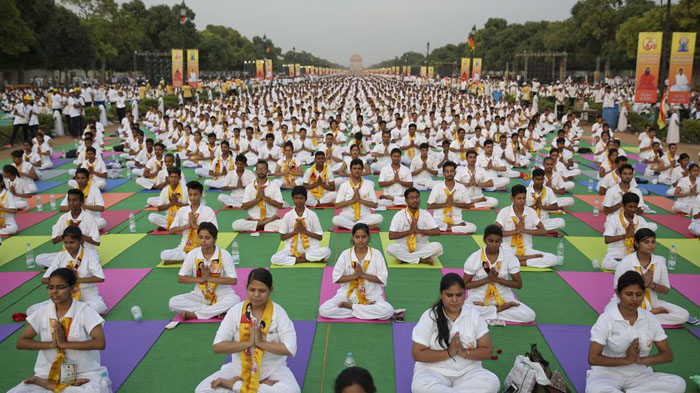 Репетиция празднования Дня Йоги 19 июня 2016 года в Индии.