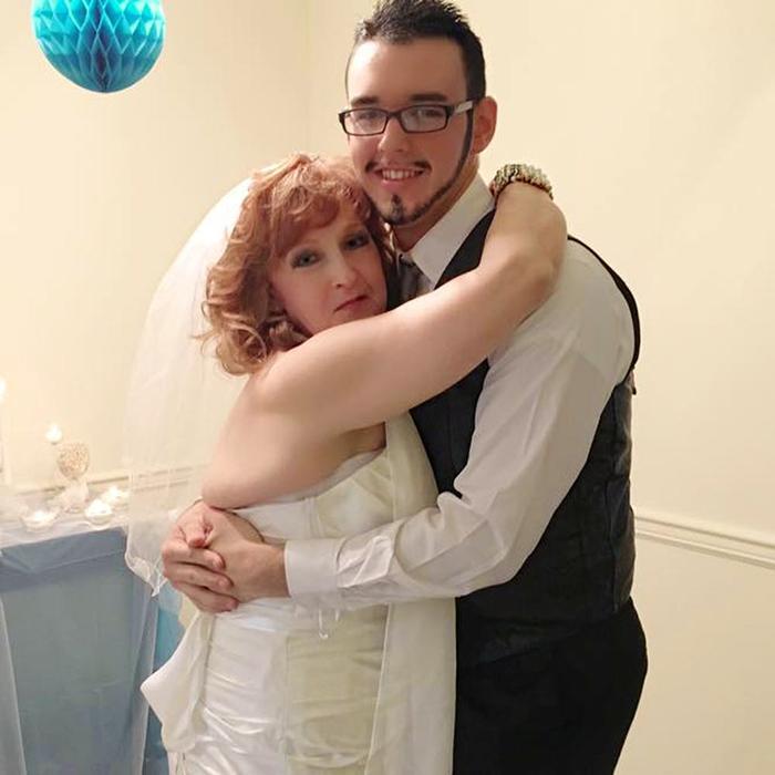 В день свадьбы.