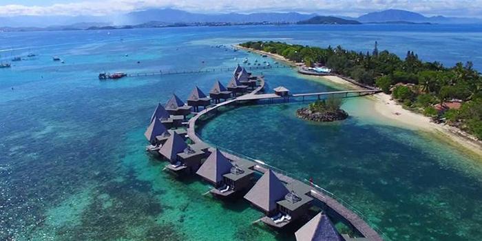 Новая Каледония является частью материка Зеландия.