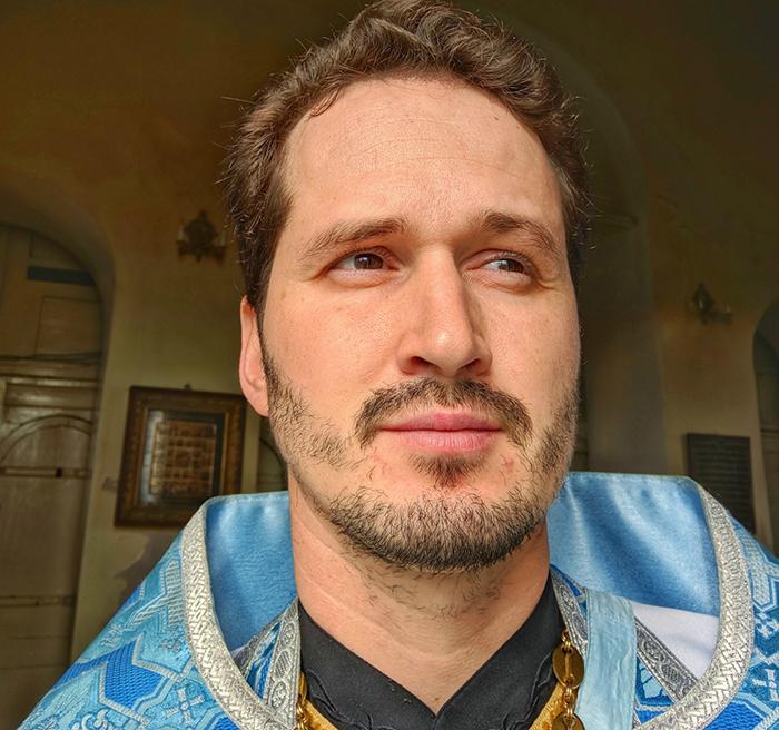 Отец Сергий намерен обратиться в суд.