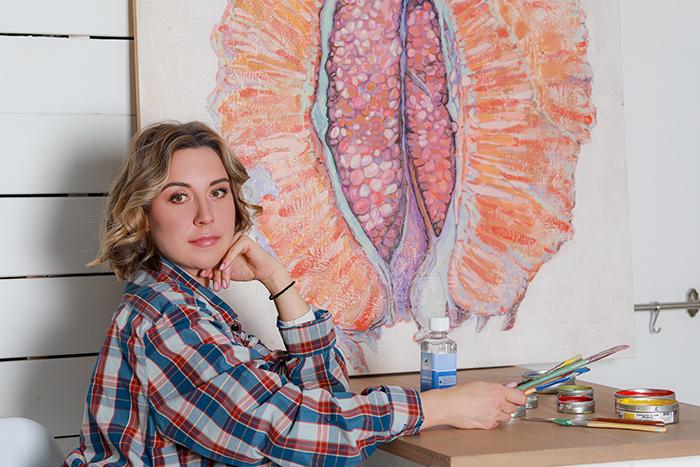 Юлия Мамонтова со своей работой «Цитрус Сердце плода из сада Гесперид».