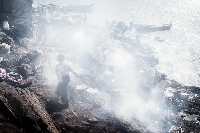 Свежий обед для рыбаков, вернувшихся с промысла.