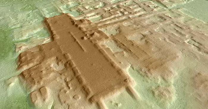 Радарное сканирование Агуады, самой старой и самой большой структуры майя, когда-либо найденной.