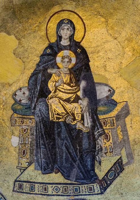 Мозаика с изображением Богоматери с Младенцем в Софийском соборе.