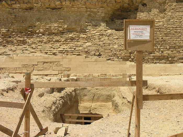 Раскопки пирамиды Джосера.